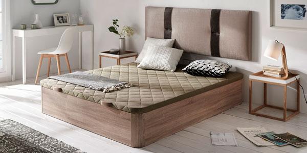 Canapés de madera